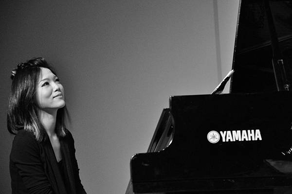 台灣爵士鋼琴家、作曲家、編曲家、音樂製作人許郁瑛,創作專輯於金曲獎與金音獎獲得多項獎項