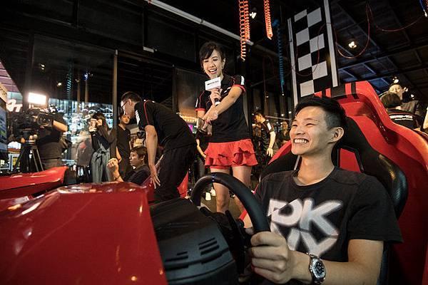 AMG車主搶先體驗SONY PlayStation®4(PS4™)賽車遊戲「跑車浪漫旅」系列最新力作『Gran Turismo Sport』的極速快感