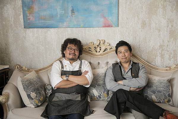 (左起) 甜點主廚平塚牧人Makito Hiratsuka、East End吳盈憲Nick Wu