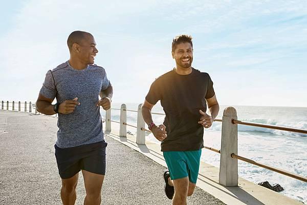 根據TomTom使用者回饋,TomTom去年底推出Runner3 GPS運動跑錶後不但廣受消費者好評,其中愛跑步及愛騎單車的男性占了7成以上,心率款更是跑友圈的口碑款。