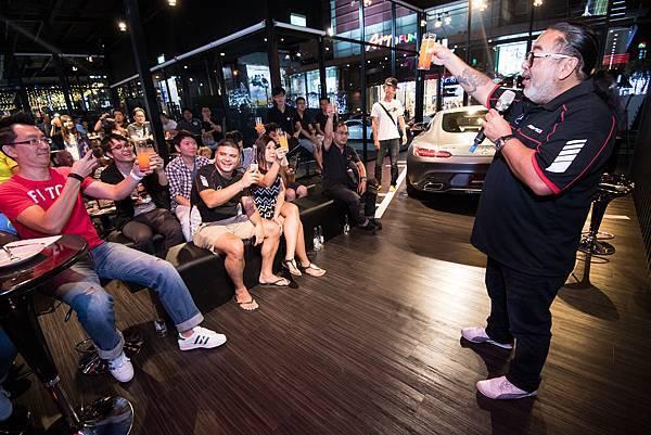知名賽車主播Robin龔懷主精彩轉播F1英國站賽事,讓AMG 50週年系列活動再度寫下高潮