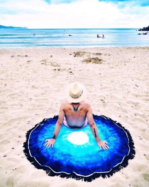 Vagabond-迷樣藍湖海灘巾$3,580