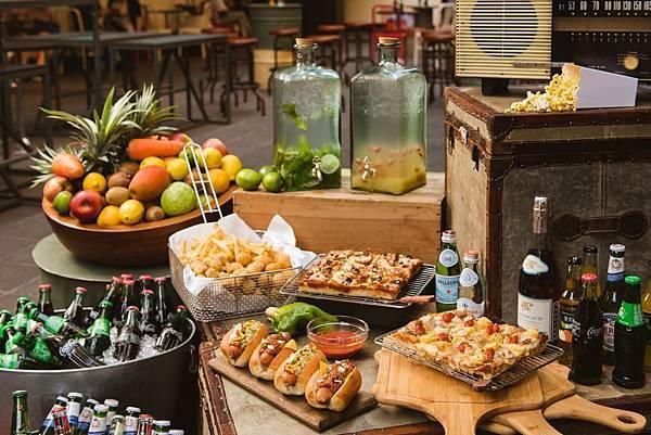 amba夏日音樂派對提供多樣選擇的餐酒輕食_圖片提供_台北西門町意舍酒店