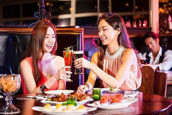 圖6.金色三麥餐廳打造全新概念酒吧空間Sky Bar,成為姊妹淘聚會時尚新選擇。