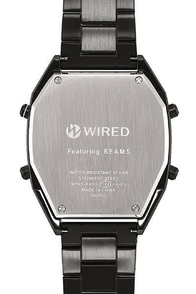 WIRED X BEAMS聯名錶款,錶款背面刻有「BEAMS」聯名標誌,延續錶款的質感呈現。