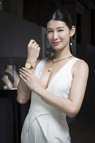 名模趙孟姿優雅演譯GEORG JENSEN VIVIANNA18K黃金手鐲錶
