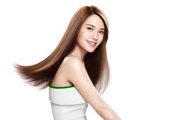 秀髮的裸肌革命 飛柔史上第一支卸妝洗髮露登場 代言人楊丞琳引領頭秀髮卸妝新風潮 2