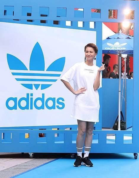 曾沛慈出席adidas Originals Film House 三片葉巡迴電影院開幕,穿著全新EQT服裝系列與鞋款
