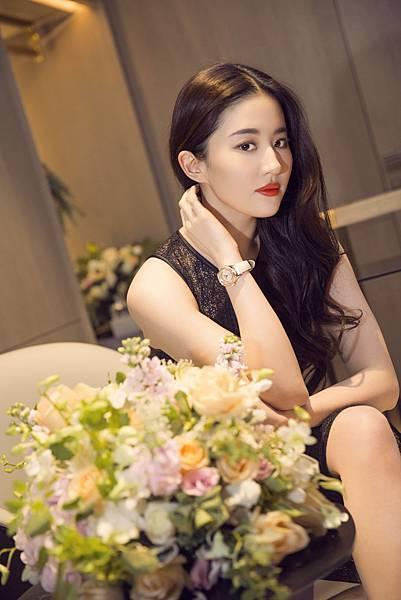 黃曉明、劉亦菲為天梭表再度聯手演繹當年楊過與小龍女的浪漫時刻