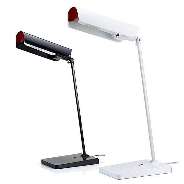【新聞附件13】58°博視燈系列LED檯燈