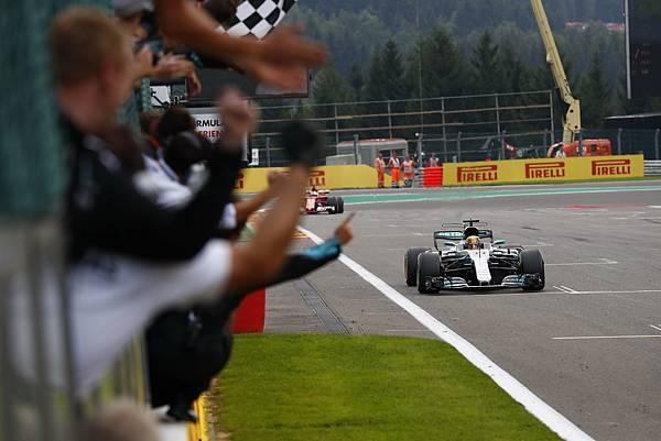 相較其他車隊,Mercedes-AMG Petronas Motorsport車隊的用胎策略更勝一籌,最終贏得冠軍