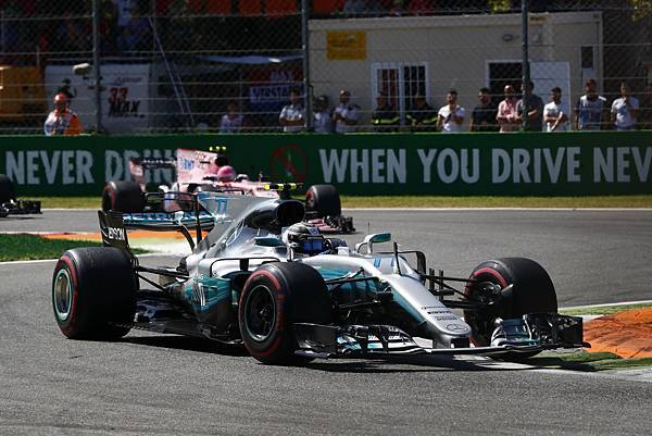 Mercedes-AMG Petronas Motorsport車隊於車隊積分以及車手積分皆位居龍頭寶座