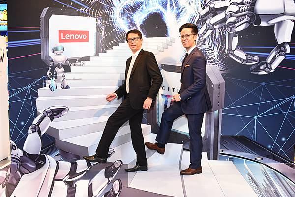 Lenovo中亞太地區區域總經理Ivan及Lenovo聯想家用暨中小企業業務副總Nolan 3D體驗區