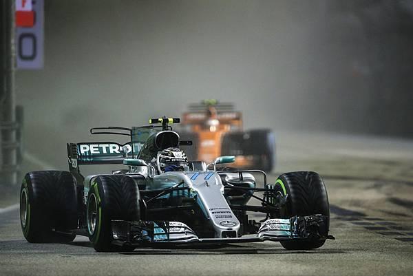 新加坡賽站後Mercedes-AMG Petronas Motorsport仍是最大贏家,目前於車隊積分排行榜中以475分遙遙領先