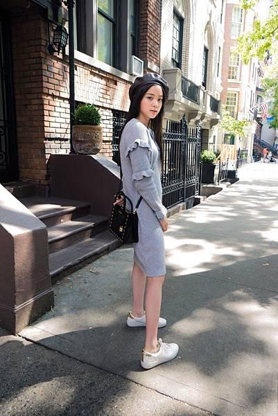 歐陽娜娜肩背Mercer方型小提包游走於紐約街頭 (9)
