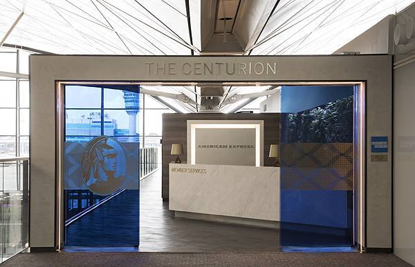 香港The Centurion Lounge擁有舒適的空間,提供美國運通會員旅行前休憩場域