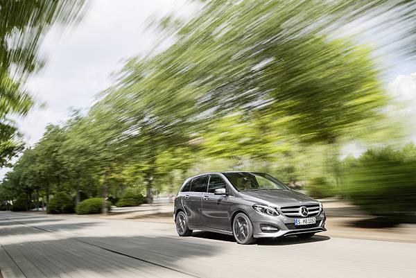 Mercedes-Benz在台灣的銷售戰績不斷的突破表現,在九月的銷售量比去年同期增加18.2%。