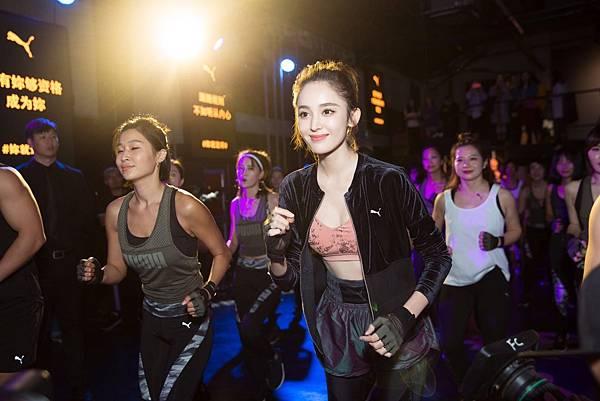 PUMA大中華區最新品牌女力大使古力娜扎現場加入女性訓練陣營 (4)