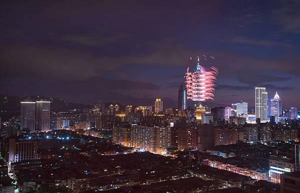 欣賞璀璨101煙火景觀-圖片提供-台北松山意舍酒店