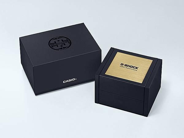 G-SHOCK 35周年紀念錶款 第二波Gold Tornado系列包裝照