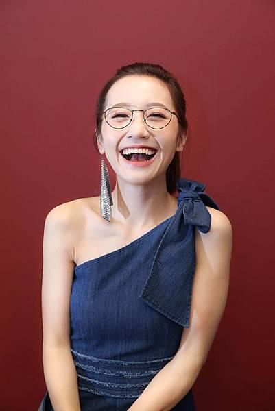 【新聞稿圖片3】LULU 出席Vogue eyewear活動化身「時尚造型師」