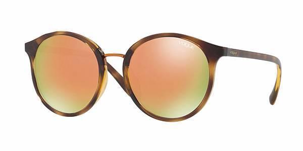 【新聞稿圖片4】Gigi Hadid for Vogue Eyewear Collection新品系列_0VO5166SF_售價$5850