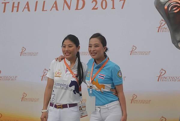 兩位泰國公主熱愛馬術運動(圖自泰國馬協FB)