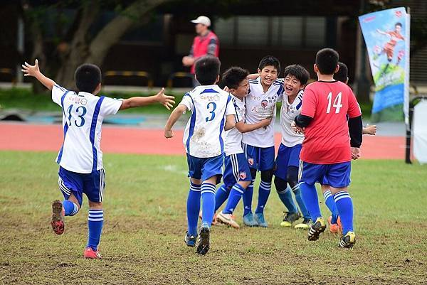 桃園同安國小二軍追隨學長闖入YAMAHA CUP總決賽。