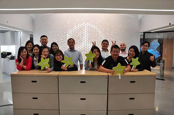 台灣賓士長期致力於CSR企業社會責任,以Inspiring the Future為CSR主軸致力實踐「Mercedes-Benz星夢想計畫」,積極關懷與回饋社會。