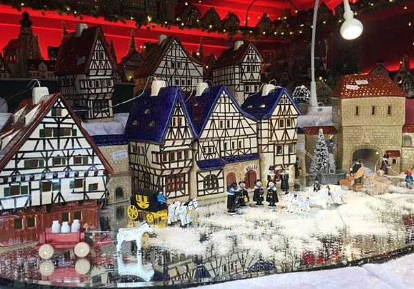 5充滿聖誕風的傳統手工藝品