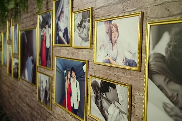 婚紗照牆(伊林娛樂提供)