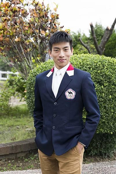 台灣首位馬術世界盃身障選手孫育仁
