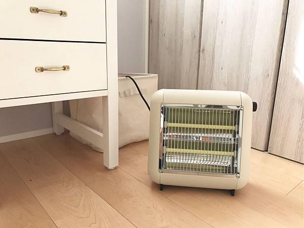 【新聞附件6】正負零遠紅外線電暖器(XHS-Y010)