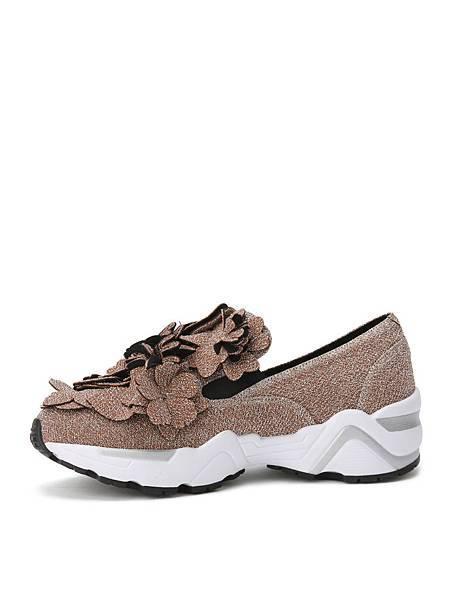 22 Suecomma Bonnie_雷射雕花休閒鞋(棕)NT-13800