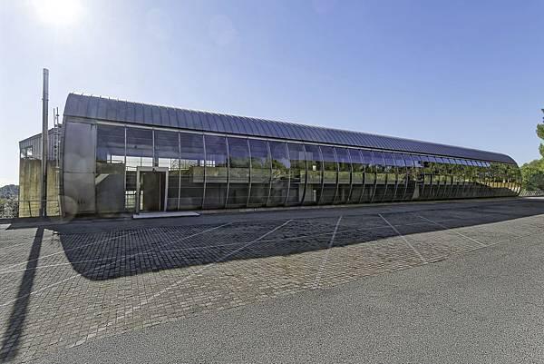 2018年全新的Mercedes-Benz尖端設計中心即將落成於有著「法國矽谷」美名的蔚藍海岸地區,象徵回歸品牌名稱發源地