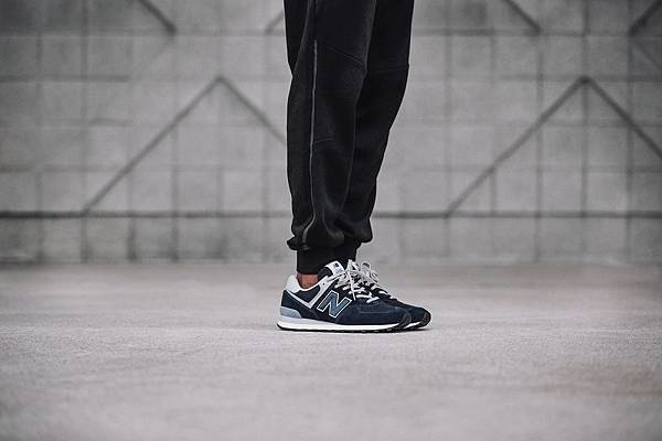 【New Balance】New Balance最具代表性的經典鞋款574即將於2018年強勢回歸!