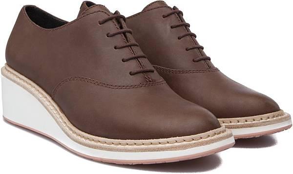 Camper Magna系列高跟休閒鞋,NT$3,500。(女款)