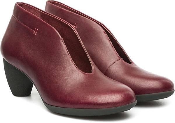 Camper Lila Medio系列中高跟踝靴,NT$2,000。(女款)