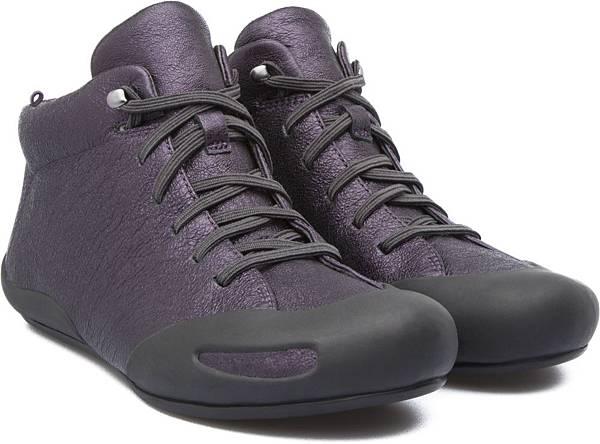 Camper Peu Senda系列拼接膠鞋,NT$2,000。(女款)
