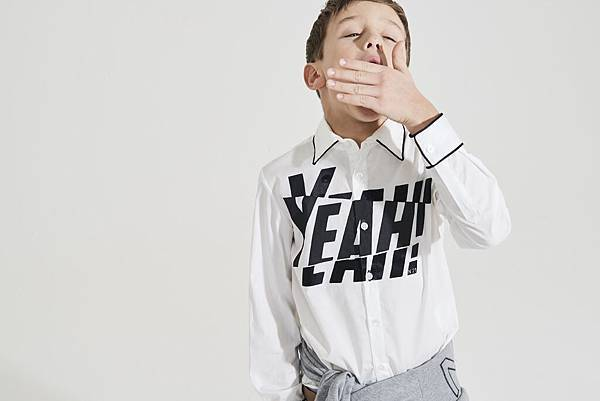 N° 21 Kids_YEAH白襯衫$7980