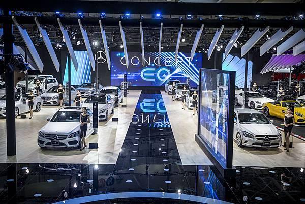 【2018世界新車大展】台灣賓士運用佔地高達2,200平方公尺的展場面積,將Mercedes-Benz「純粹的感性Sensual Purity」完美呈現