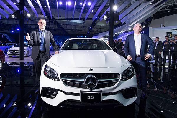 今年適逢AMG品牌50週年,台灣賓士於【2018世界新車大展】特別發表了Mercedes-AMG旗下重磅性能房車E 63 4MATIC+