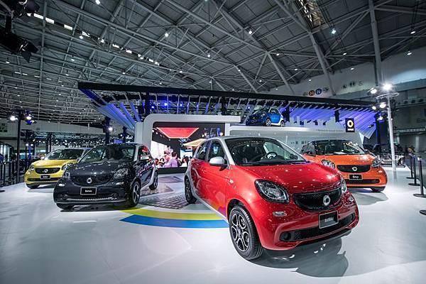 1月6日將有神秘嘉賓親自蒞臨世界新車大展smart展區,與車迷們一起感受smart的創新活力