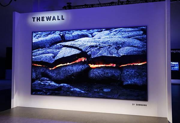 三星展示全球首款146吋模組化MicroLED電視