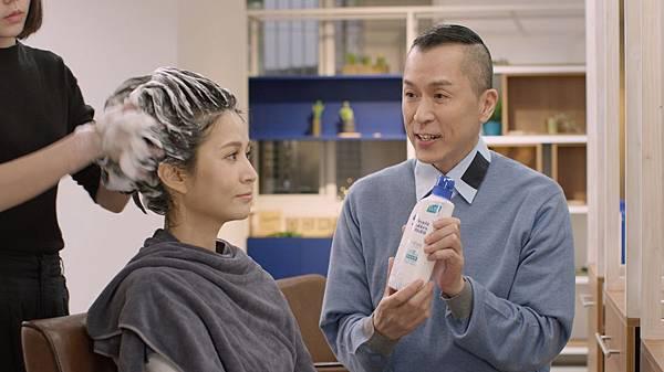 全新海倫仙度絲與 Roger 老師再度攜手 引領頭皮養護1+1 新觀念3