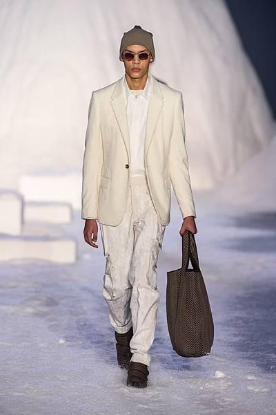 07. Ermenegildo Zegna Couture 2018冬季系列時裝秀 Look 15