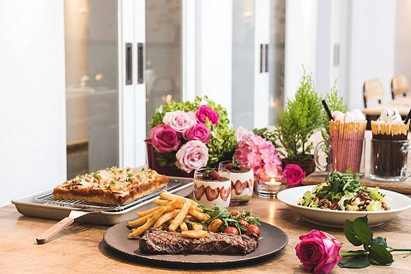 粉紅愛戀 情人節套餐-圖片提供-台北西門町意舍酒店