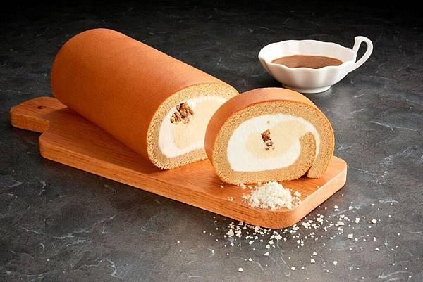 亞尼克生乳捲-焦糖海鹽,融入北海道奶霜、焦糖海鹽奶霜與酥菠蘿的酥脆口感交織,堆疊出牛奶糖的濃郁,微甜、微鹹媲美法式甜點 (圖片提供:亞尼克)