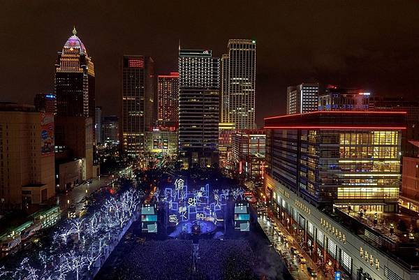 台北潮流聖區信義 Commune A7,於2月4日舉辦《偷故事的人》萬人演唱會_EMI提供