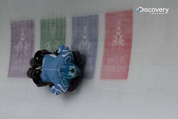 米契搭配高科技冰橇以及義肢 成功挑戰俯式冰橇